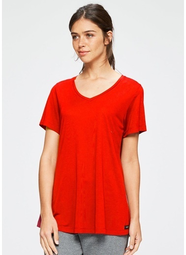 Dagi V Yaka Kısa Kollu T-Shirt Kırmızı